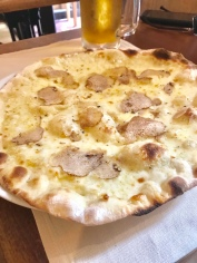 White Truffle Pizza at Da Francesco
