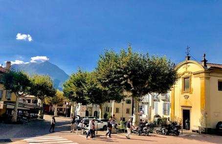 Piazza S. Giorgio, Varenna