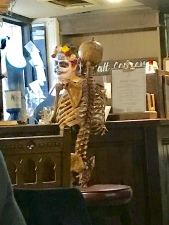 I feel your pain lad! The service was a little slow on Halloween night at the Golden Fleece