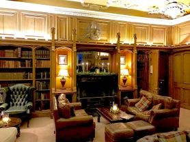 Dalhousie Castle: Library Bar