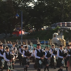 Amazing bagpipe band