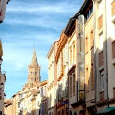 Strolling Rue du Taur