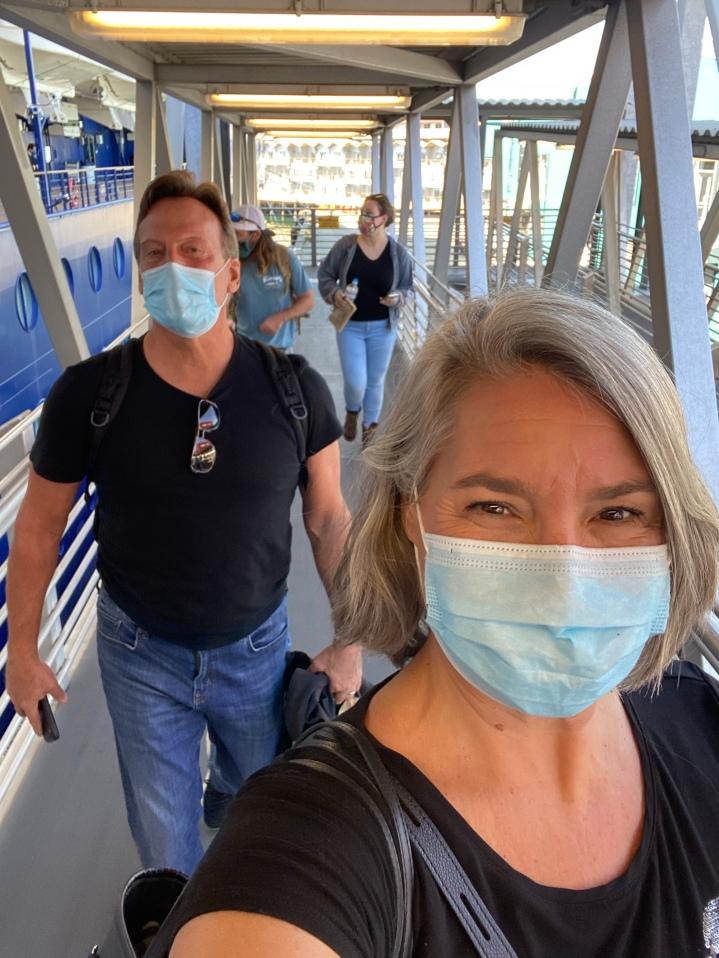 Boarding! Masks on!